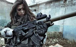 Woman with Gun | Girl with gun Wallpapers Pictures Photos ...