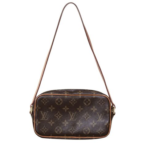 louis vuitton monogram canvas pochette shoulder bag