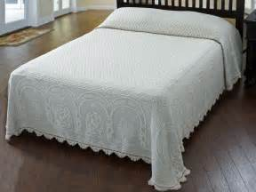 White Cotton Quilted Bedspread