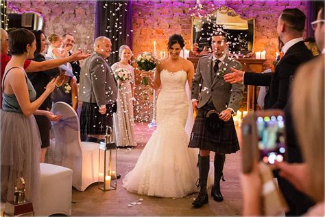 stylish natural 29 glasgow wedding glasgow city centre