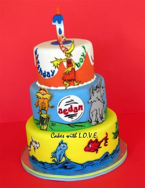 dr seuss cake 102 best cakes dr seuss images on birthday