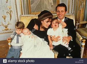 Grace Kelly Beerdigung : stefano casiraghi stockfotos stefano casiraghi bilder alamy ~ Eleganceandgraceweddings.com Haus und Dekorationen