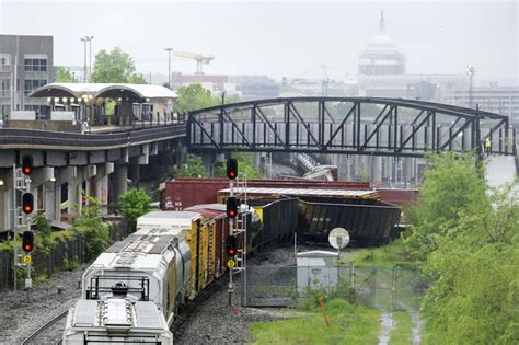 Amtrak Also Affected Tuesday By Csx Derailment