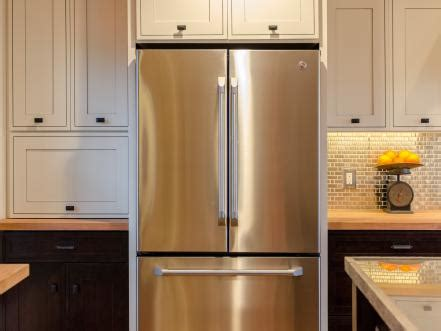 kitchen cabinets doors for cabin 2012 kitchen pictures diy network cabin 8023