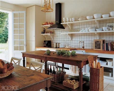 28 Vintage Wooden Kitchen Island Designs