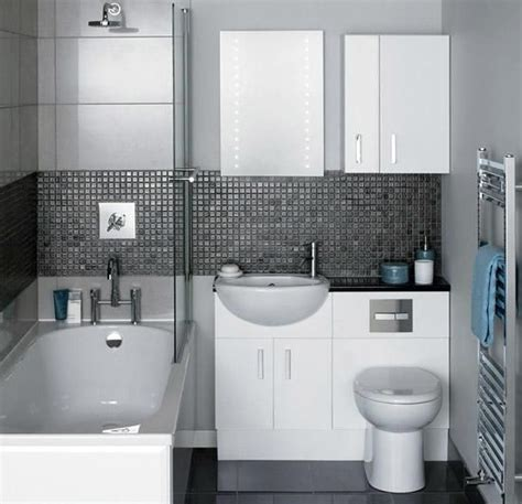 bathroom ideas for small spaces uk the 25 best modern small bathrooms ideas on