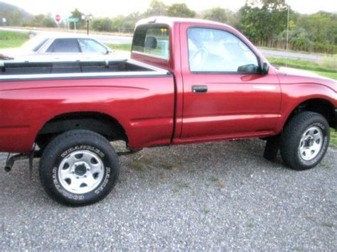 purchase   toyota tacoma dlx extended cab pickup