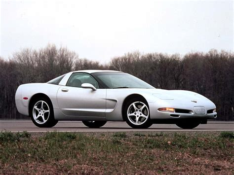 chevrolet supercar 2001 chevrolet corvette coupe chevrolet supercars net