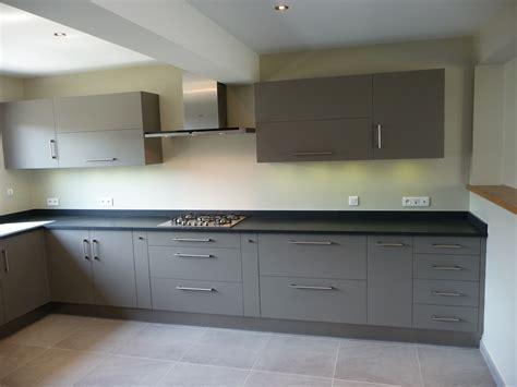 plan cuisine en longueur charmant plan maison en longueur 10 cuisine gris clair