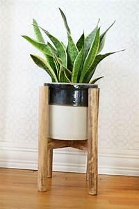 porte plante bois myqtocom With meuble plantes d interieur 6 porte plante et support pot de fleur interieur de style