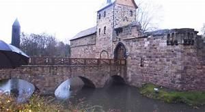 Wasserburg Bad Vilbel : bad vilbel bronze f r die wasserburg alte und moderne kunst ~ Buech-reservation.com Haus und Dekorationen