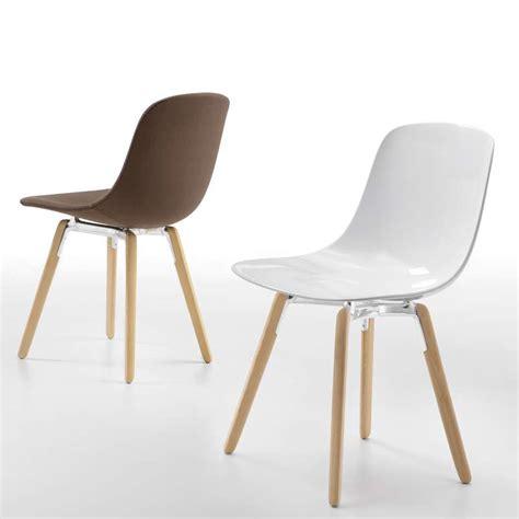 chaise pieds bois chaise design en plexi pieds bois loop wooden