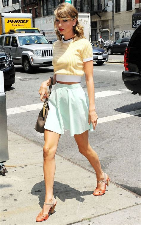 Taylor Swift's Most Epic Fashion Moments 28 • DressFitMe