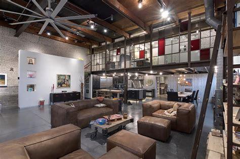 pipe au bureau style industriel pour un loft moderne de ville design feria
