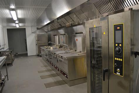 cuisine traiteur cuisine pro pour un atelier traiteur énergies renouvelables le froid pyrénéen à lons