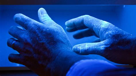 uv light therapy 9 traditional and alternative treatments to soothe