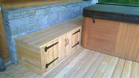 coffre de rangement chambre nbc bois aménagement extérieur autour d un spa