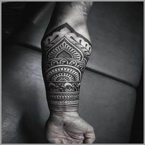 Tatouage Homme Bras Tribal : tatouage tribal avant bras joli tatouages maori avant bras collection des meilleures images de ~ Melissatoandfro.com Idées de Décoration