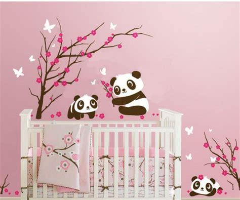 la chambre de bebe stickers pour la chambre de bébé arbre archzine fr
