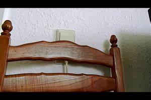 Furniertes Holz Streichen : video wandfarbe von holz entfernen so klappt 39 s ~ Lizthompson.info Haus und Dekorationen