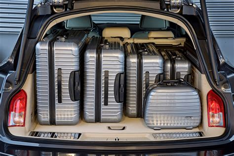 Opel Insignia Trunk Space by Vauxhall Insignia Sports Tourer Review 2009 2017 Parkers