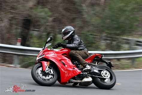 Review Ducati by Review 2018 Ducati Supersport S Bike Review