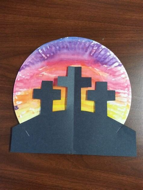 cross crafts celebrating  reason  easter happy