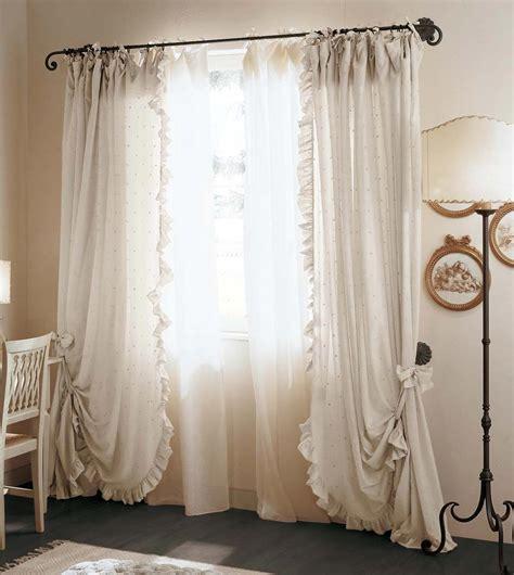 immagini tendaggi le tende arredamento classico camere classiche letti in