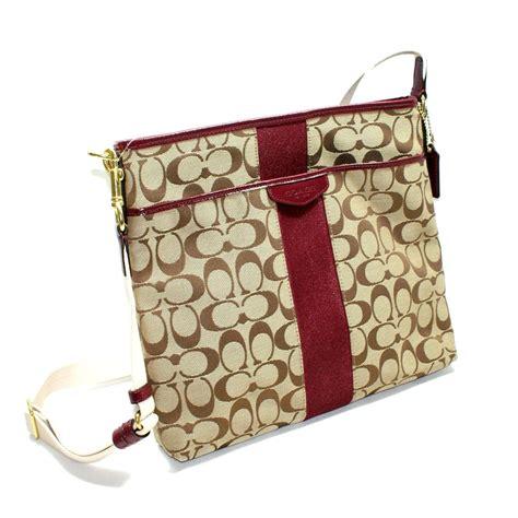 coach  cm signature file bag crossbody bag merlot  coach
