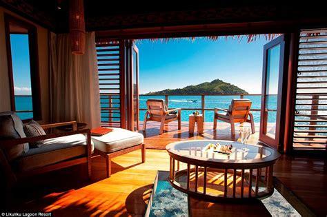 chambre romantique ile de the 39 s most opulent overwater bungalow getaways