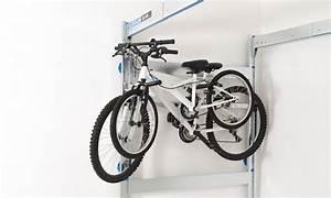 Rangement Suspendu Plafond Garage : rangement v lo garage comment ranger son v lo dans un garage lodus ~ Melissatoandfro.com Idées de Décoration