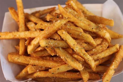 deluxe cuisine the debate is between fries and potato chips