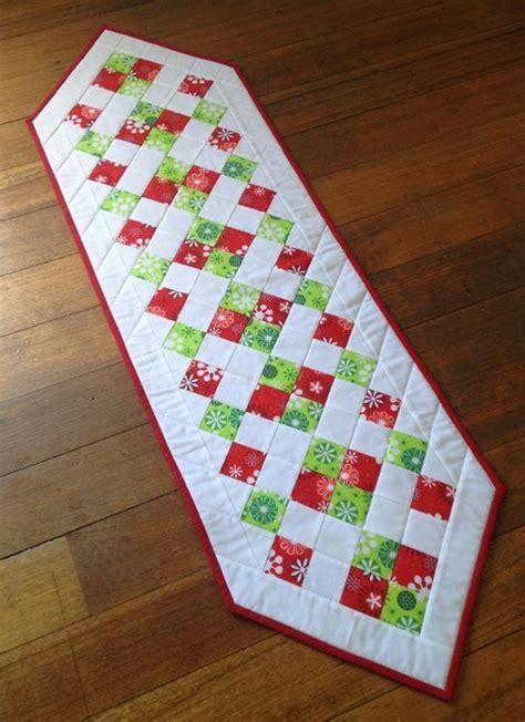 easy christmas table runner craftsy
