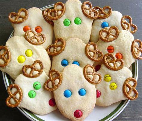 easy christmas food crafts reindeer cookies ideas food and drink