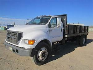 2000 Ford F650 Xl Sd S  A Flat Bed Dump Truck