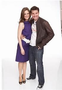 Emily Deschanel and David Boreanaz - Sitcoms Online Photo ...