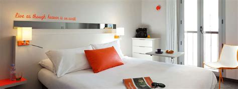 chambre ibis hotel book your room on the riviera hotel ibis styles juan les
