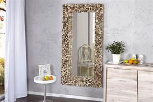 Miroir Rectangulaire Mural : miroirs et notions d espace astuces et conseils astuces bricolage ~ Teatrodelosmanantiales.com Idées de Décoration