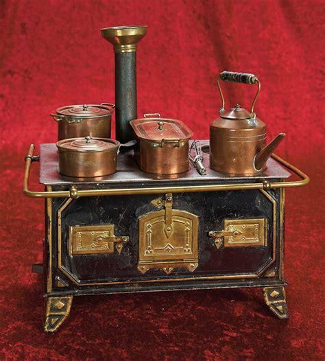 cm german tin  brass toy stove  copper utensils  miniatures