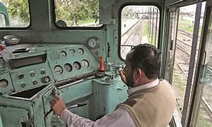 The journeymen that keep trains chugging - Pakistan - DAWN.COM
