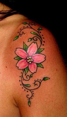 tatuaggi rami fiori quot il tatuaggio botanico quot i fiori di ciliegio blossom