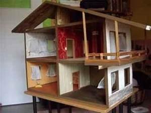 grosses puppenhaus aus holz mit balkon teppichboden With balkon teppich mit tapeten kaufen wien