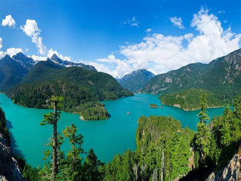 diablo lake north cascades national park washington usa