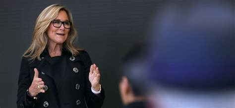 it took apple executive angela ahrendts 1 sentence to drop the best career advice you ll hear