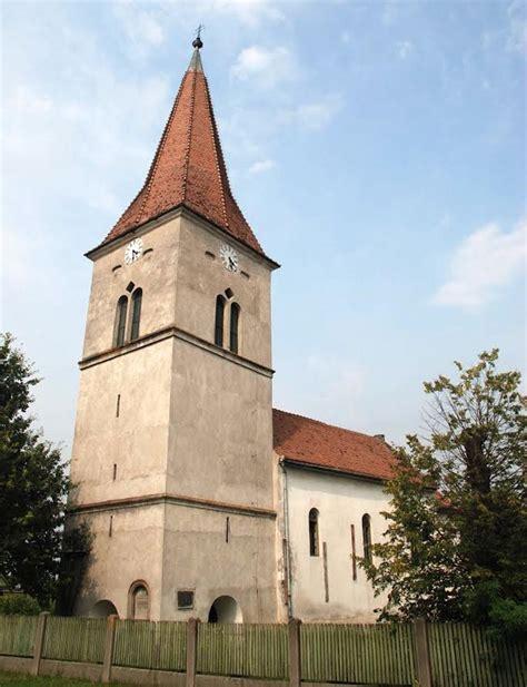 Die Römischkatholische Kirche Apalina  Zentrum Für