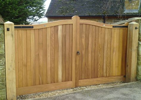 pictures of wooden gates wooden gates driveway gates henley h2a bespoke driveway gates and garage doors