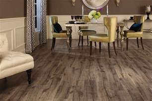 Shaw Vinyl Plank Floor Cleaning by Flooring United Builders Of La
