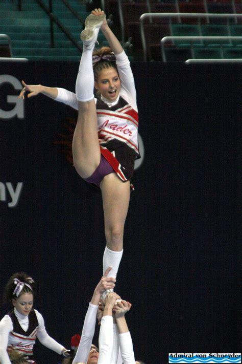 cheerleader worldchampionship  bremen   photo