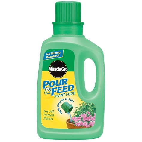 UPC 073561006002 - Miracle Grow Miracle Gro Pour & Feed ...
