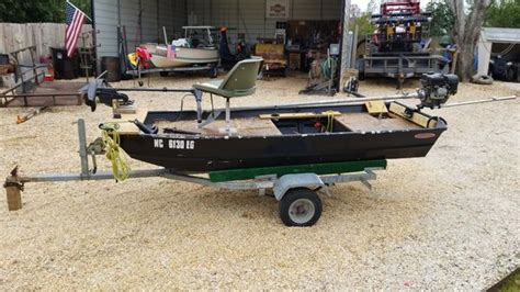 10ft Jon Boat Motor by Jon Boat 10ft With Mud Skimmer Boats Marine In